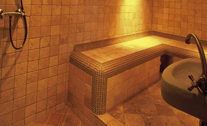 Dépaysement garanti dans ce spa privatif près de Carnac dans le Morbihan à Dihan.