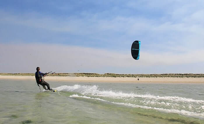 Initiation au kitesurf en Morbihan