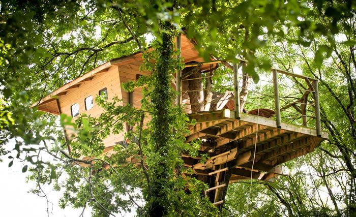 cabane dans les arbres neh er lenn bretagne dormir. Black Bedroom Furniture Sets. Home Design Ideas