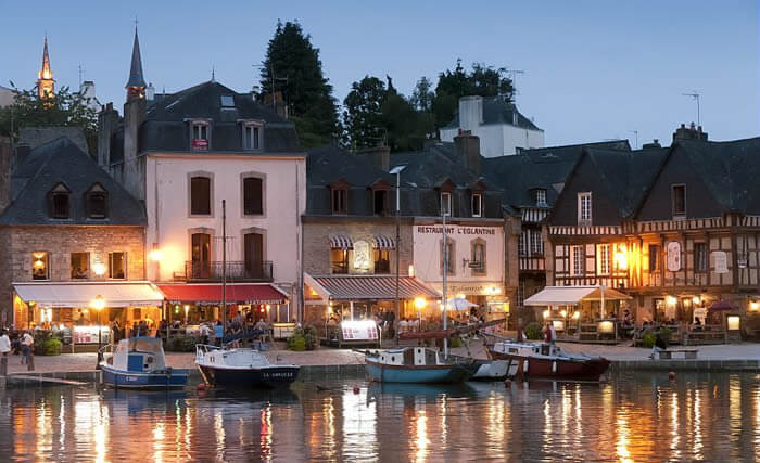 Tourism in Bretagne : Auray and the Saint Goustan Harbour