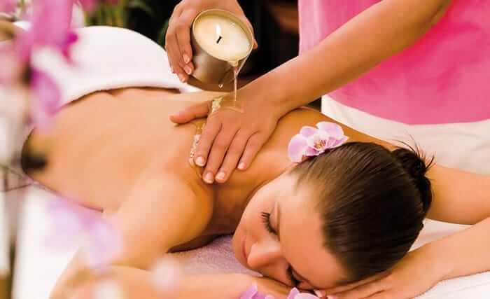 Massage indien à huile chaude pendant votre séjour