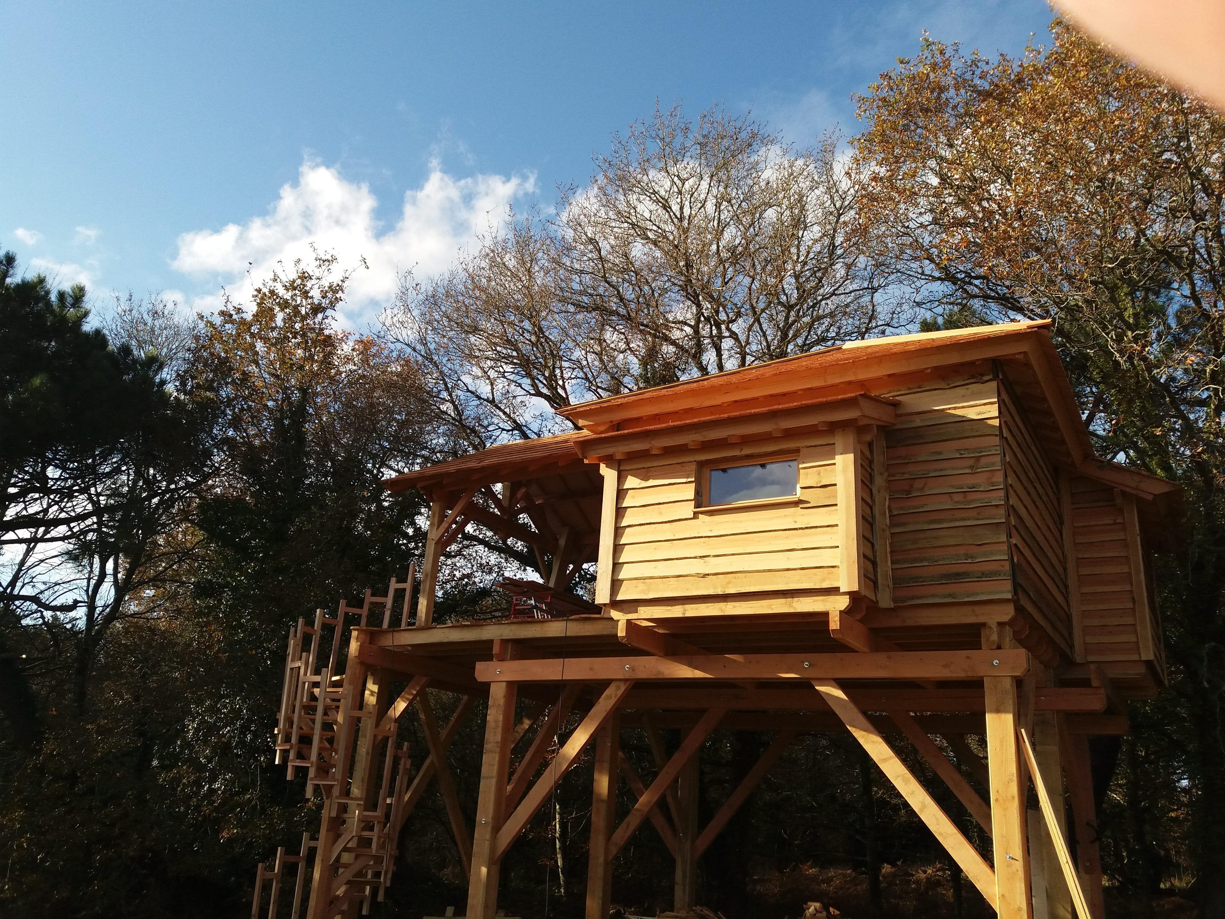 cabane en ty cabanes dans les arbres bretagne. Black Bedroom Furniture Sets. Home Design Ideas