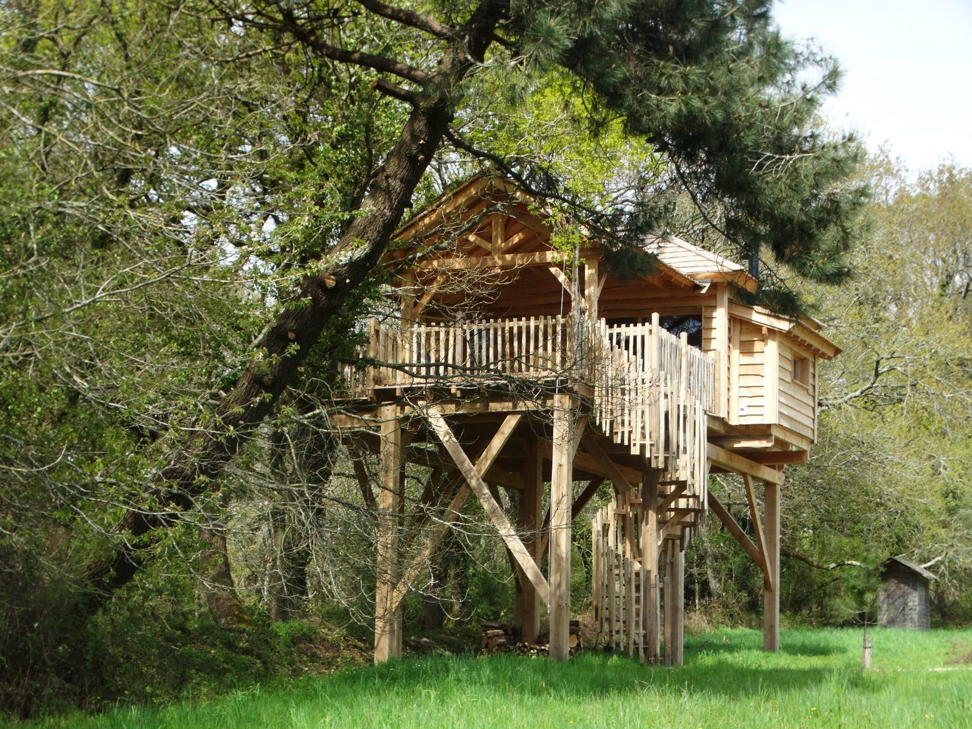 cabane dans les arbres et spa en ty morbihan bretagne. Black Bedroom Furniture Sets. Home Design Ideas