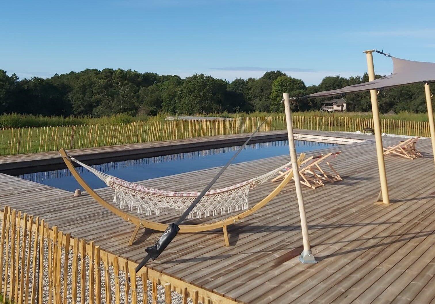 camping avec piscine - Dihan evasion